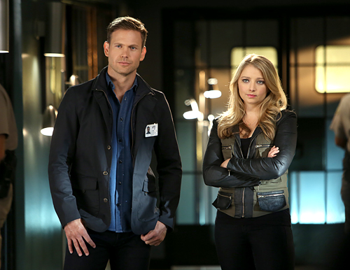 Matt Davis and Elisabeth Harnois